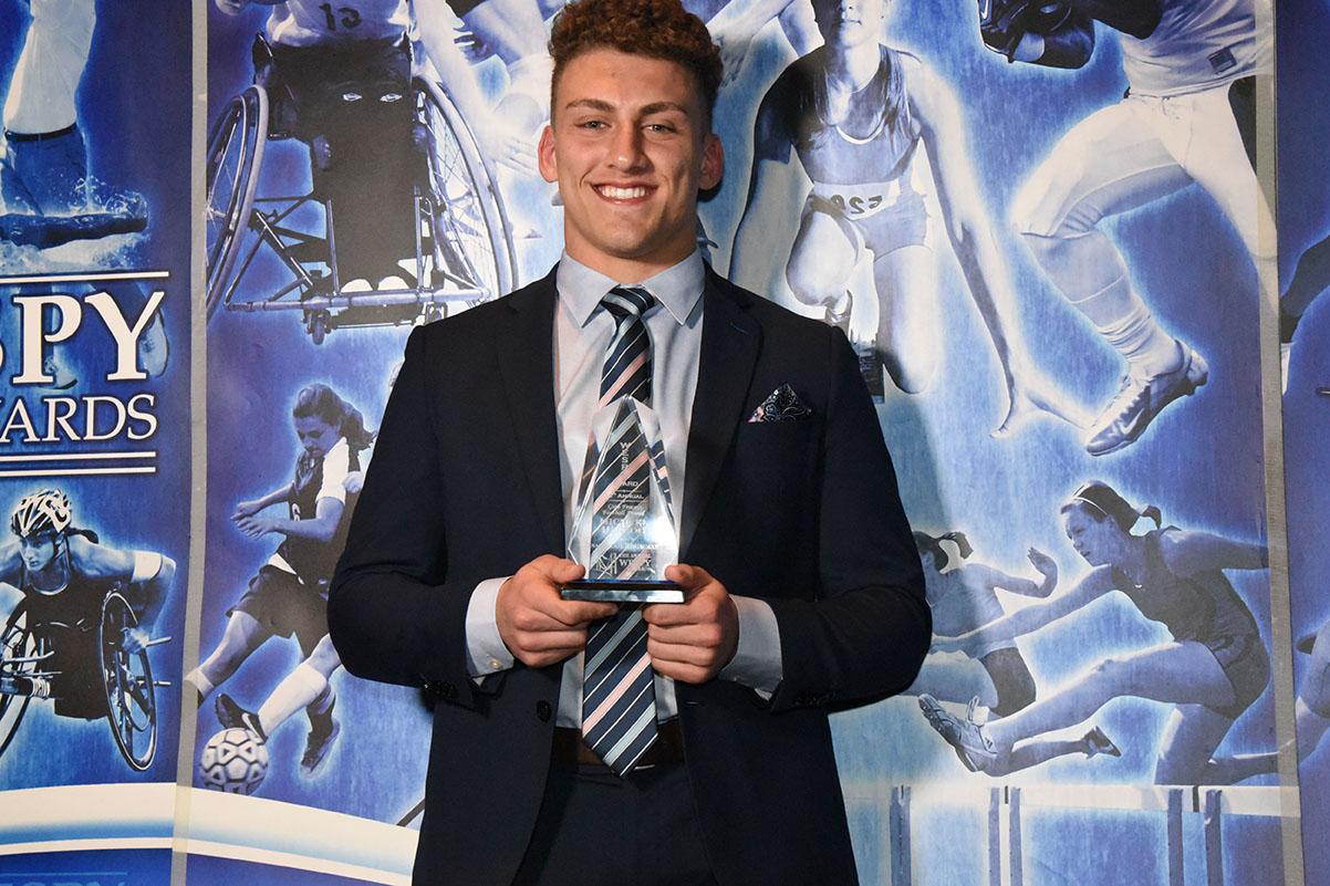 Gino Fracas Football Award Micheal Herzog