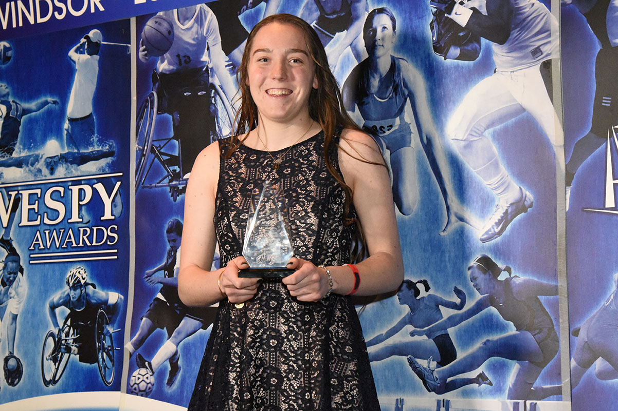 Womans Ed Jovanovski Hockey Award Kristen Swiatoschik
